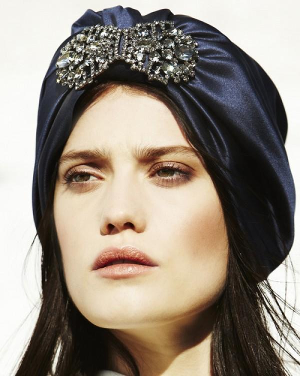 Jennifer Behr Designer New Yorkaise Accessoires de Tête Diadème Turban Bleu en Soie The House Of Eyewear Opticien Paris