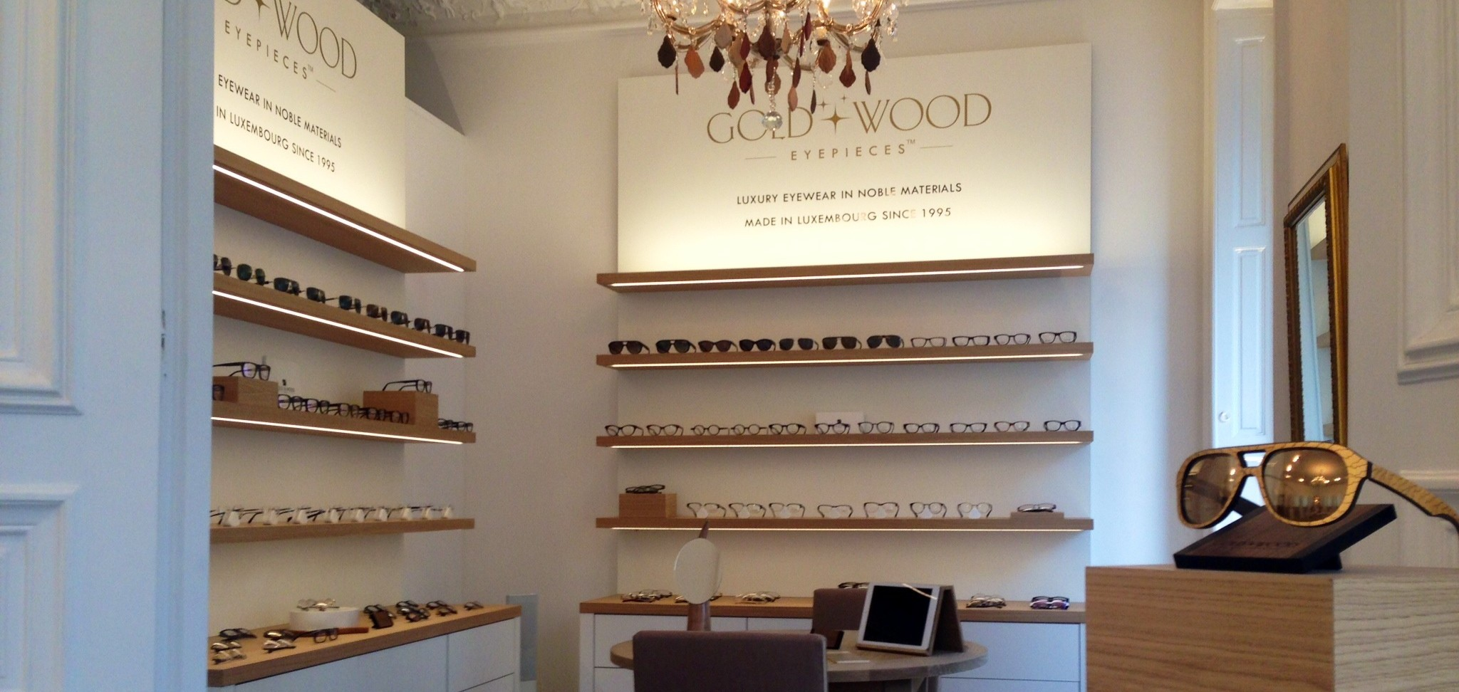 012ce3d2a2c4 Gold   Wood Showroom
