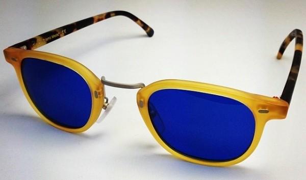 RVS By V Marque Turque Vidal Erkohen Lunettes de Soleil en acétate mate verres bleus The House Of Eyewear Opticien Paris