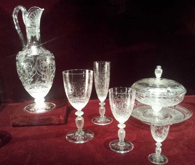 Crystal Baccarat service