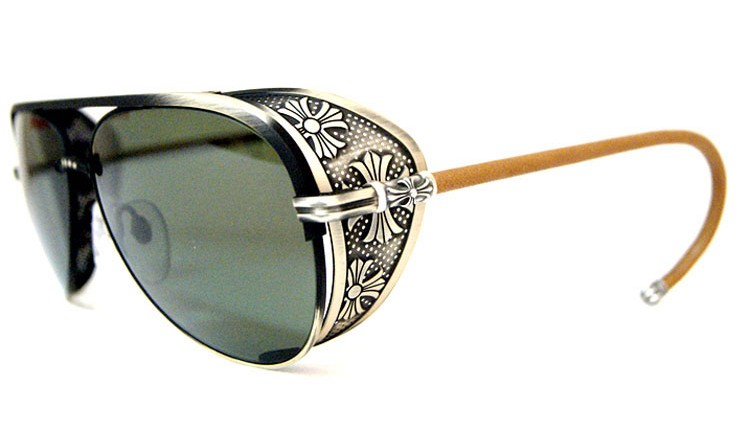 LUNETTES DE SOLEIL CHROME HEARTS TITANE CUIR THE HOUSE OF EYEWEAR OPTICIEN PARIS