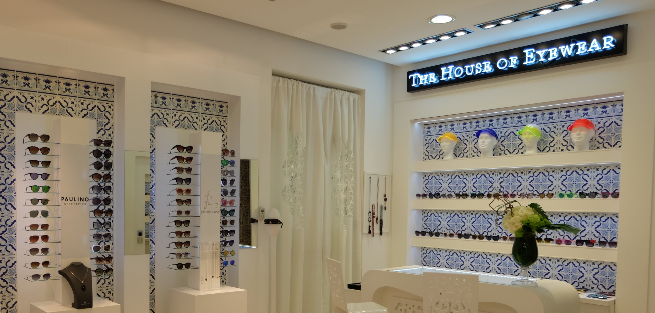 THE HOUSE OF EYEWEAR OPTICIAN PARIS