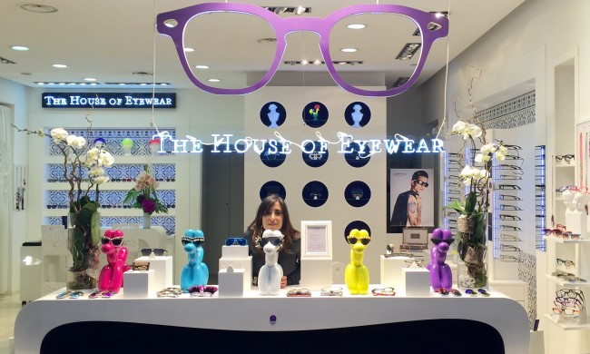 Vitrine Jeff Koons HOUSE OF EYEWEAR LUNETTES PARIS