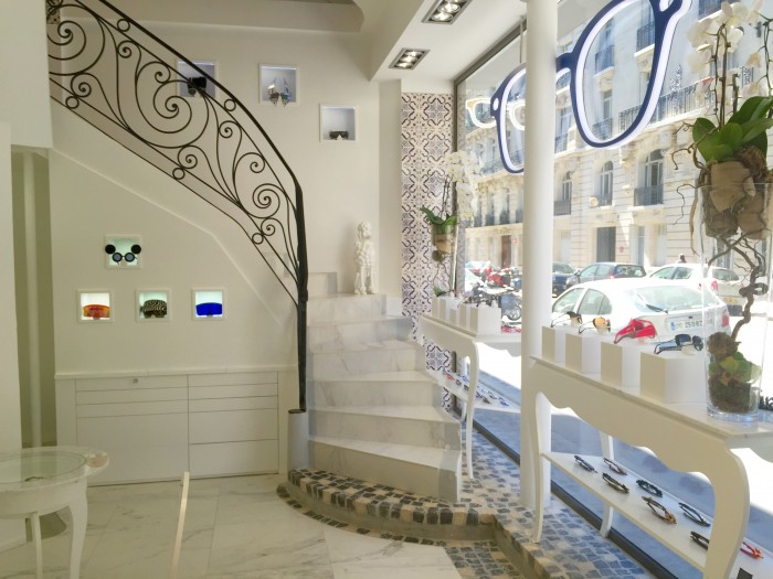 Escalier Rez de Chaussée Boutique The House of Eyewear Opticien Paris