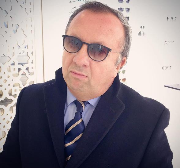 Roland Levy porte des Lindberg de Chez The House of Eyewear